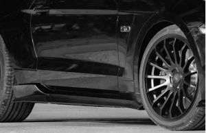 Seitenschwelleraufsatz Set ABBES Racelook passend für Ford  Mustang LAE